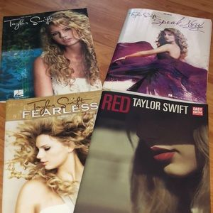 Taylor Swift guitar learning books